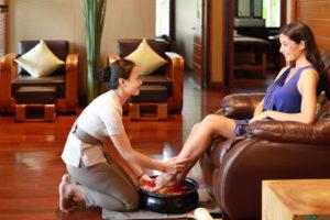 the_elysian_seminyak_spa_massage