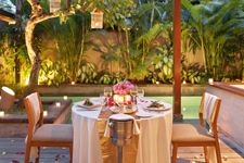 romantic-dinner-the-elysian-seminyak
